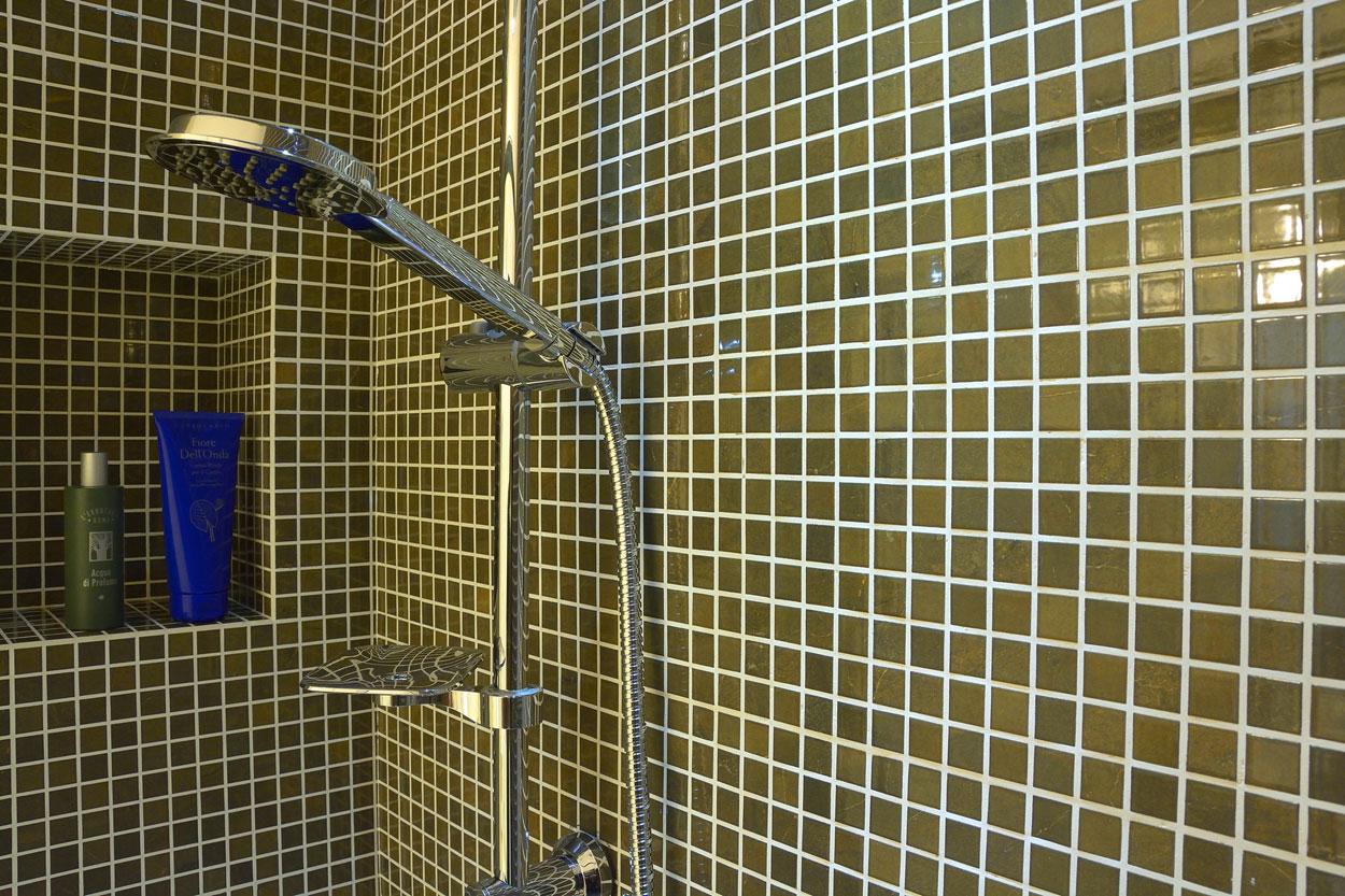camere-con-bagno-Martano